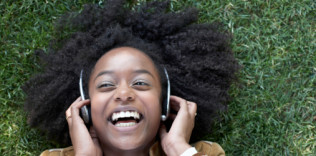 10 Business Podcasts you Should be Listening to